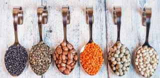beans, a food that naturally will lower your blood pressure
